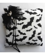 Gothic Bat Wedding Rings Pillow, Gothic Wedding, Batman wedding, Vampire, Dracula, Black White wedding